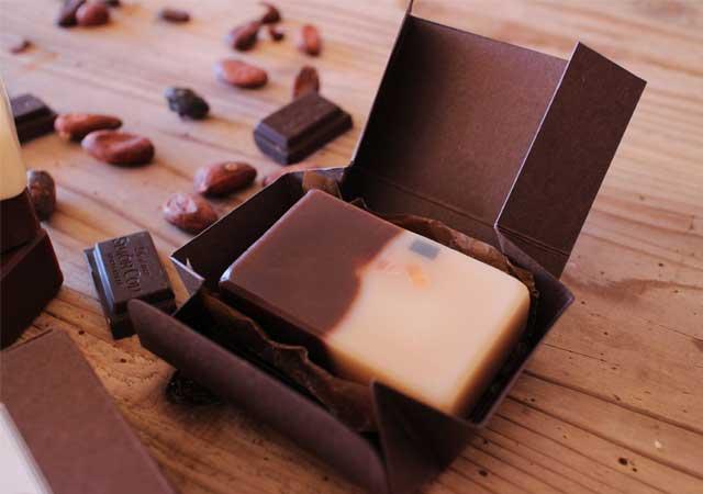 チョコ石鹸のラッピング
